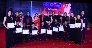 संस्कृति विश्वविद्यालय ने मनाया आठवां स्थापना दिवस